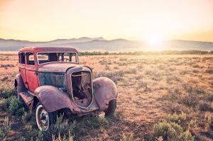 vieille voiture épave