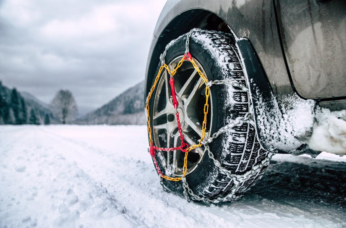 chaîne neige hiver