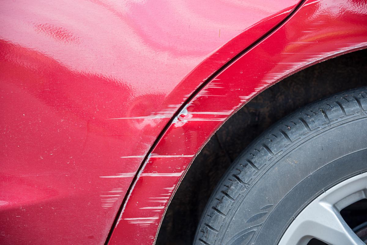 rayures sur la voiture : les enlever